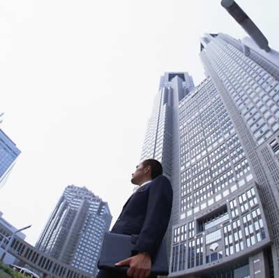 Bancos ainda praticam venda casada e outras irregularidades